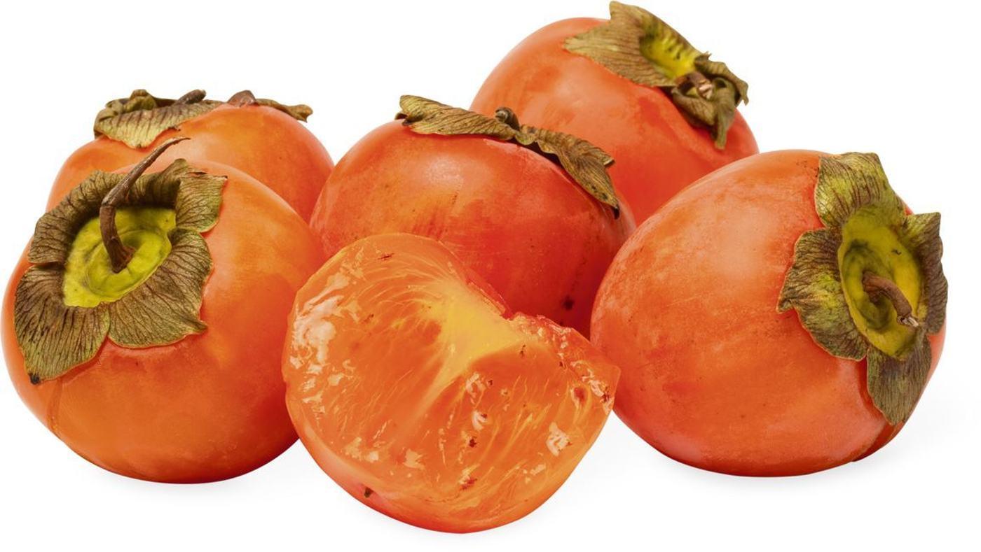 I cachi sono frutti di stagione economici che fanno bene alla salute